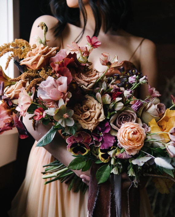 15 gorgeous bridal bouquets for fall