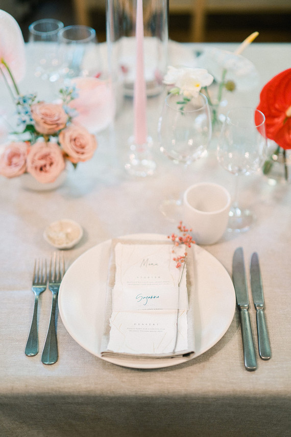 Red + pink place setting