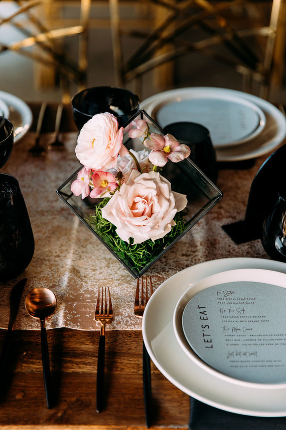 Luxe modern wedding decor