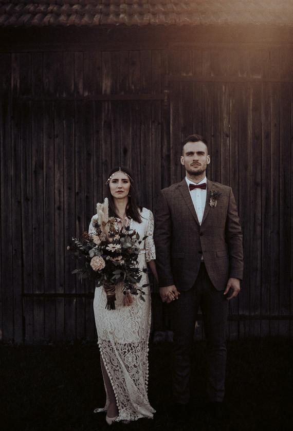 Boho fall barn wedding