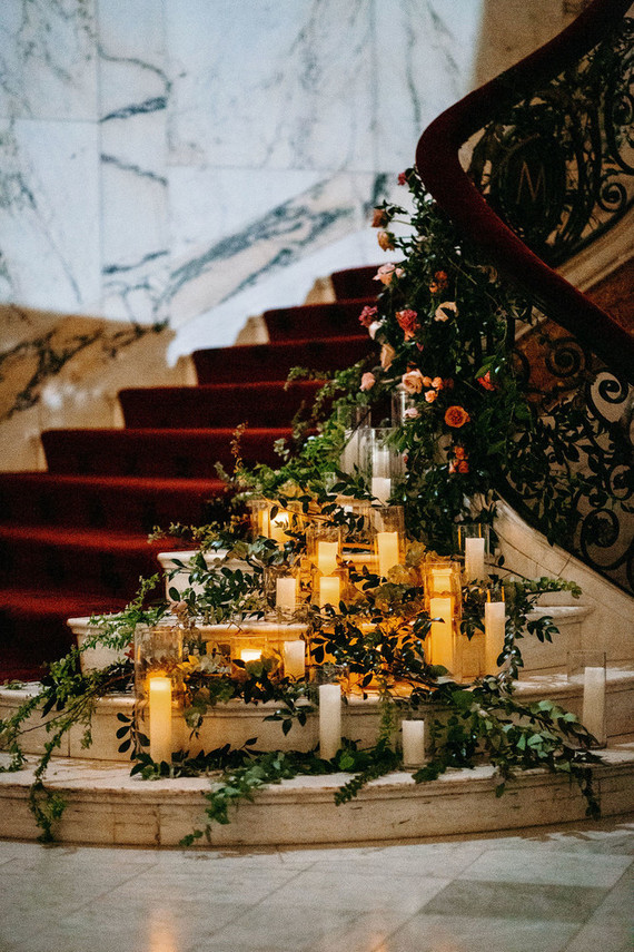Candle decor for winter wedding