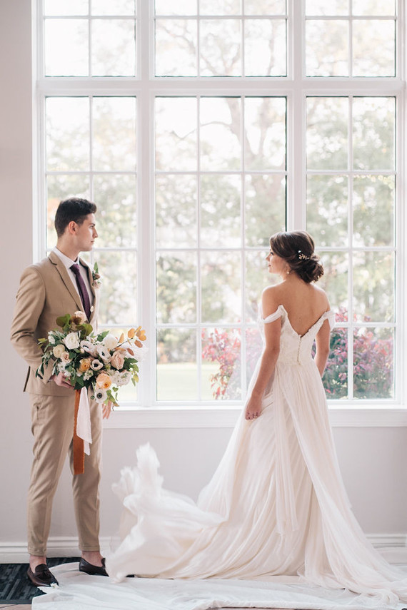 Soft, romantic watercolor inspired fall wedding ideas