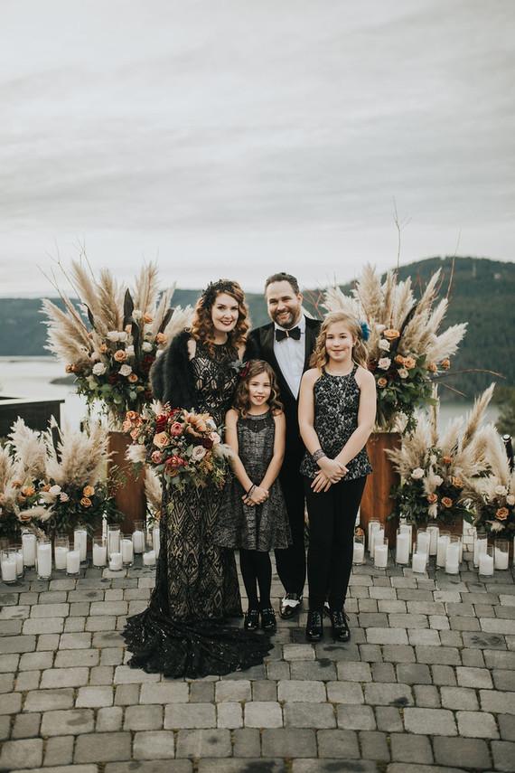 Family NYE wedding