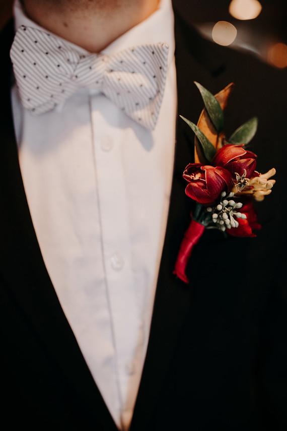 Fall groom's fashion