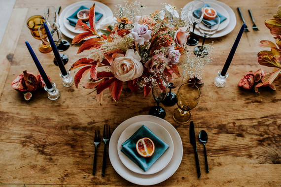 Colorful fall place setting ideas