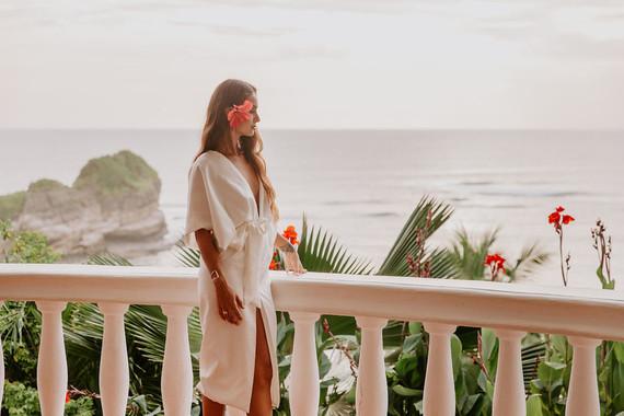 Tropical beach wedding in Costa Rica