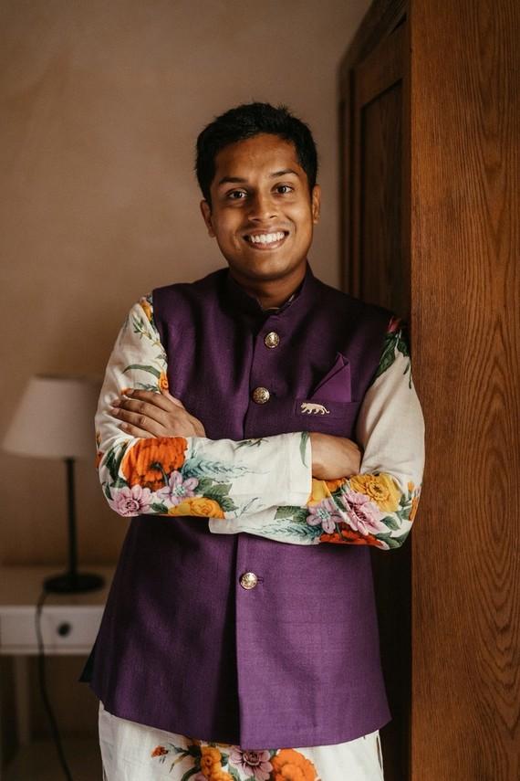 Indian groom's fashion