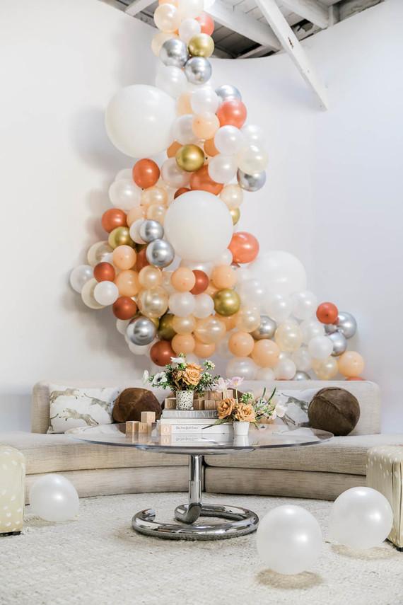 baby shower balloon installation
