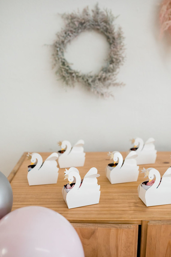 swan themed party favors