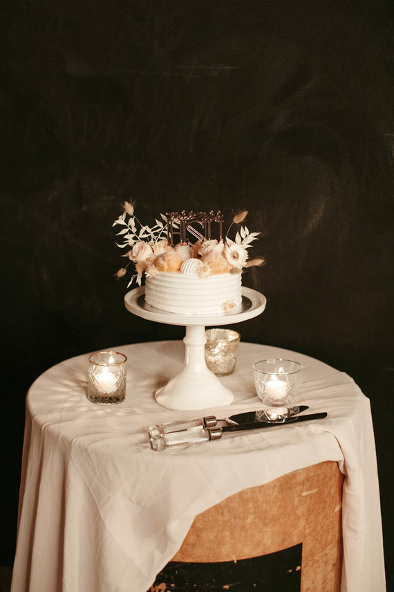 small blush wedding cake