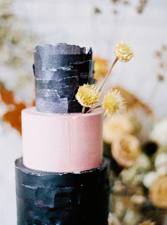 soft fall wedding cake