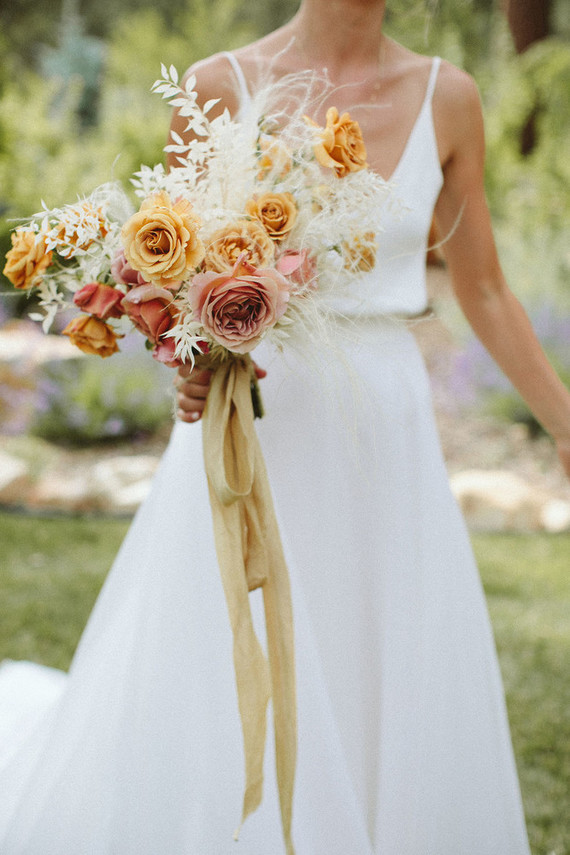 pink + mustard bridal bouquet