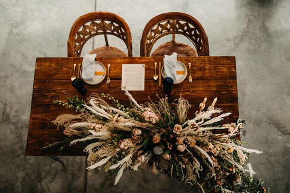 boho sweetheart table for wedding