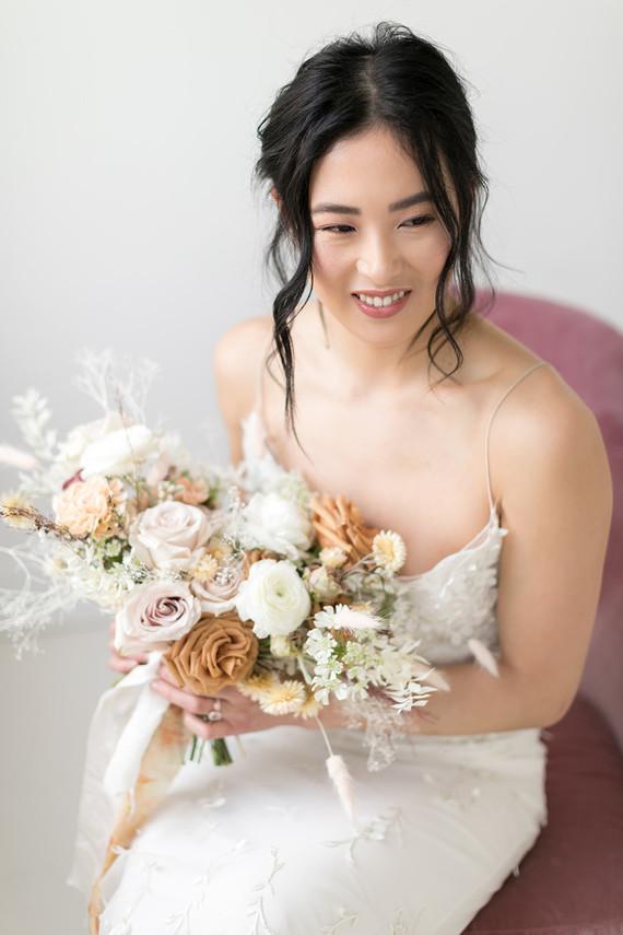 Minimalist bridal fashion