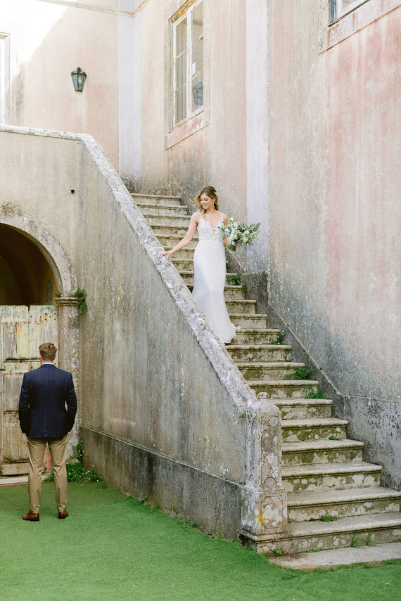 Vintage Portugal wedding with a dramatic ceremony locale