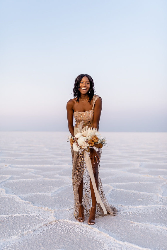 Anniversary shoot in the Salt Flats of Utah