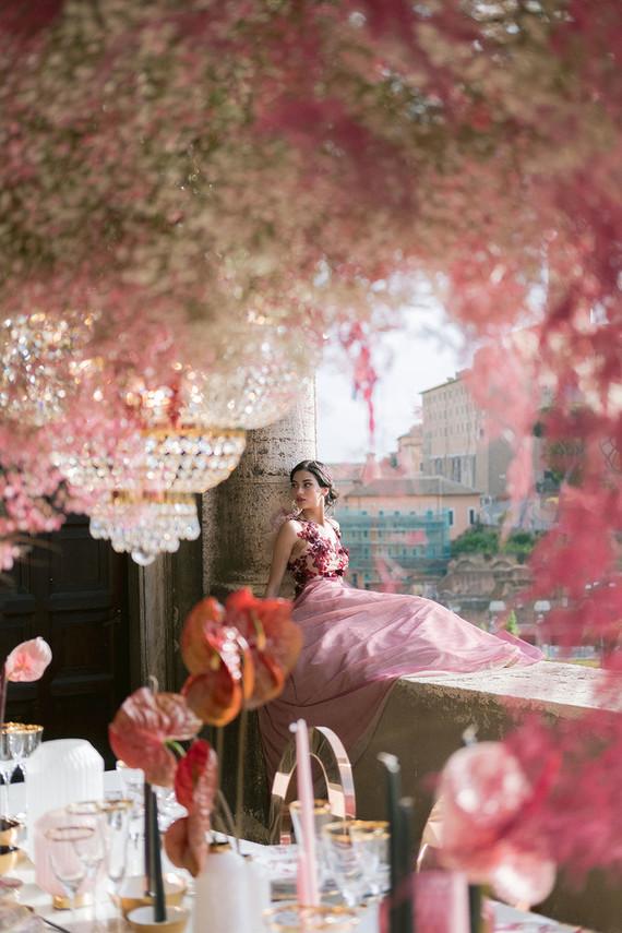 pink wedding decor
