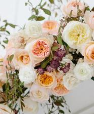 Floral ceremony arch DIY