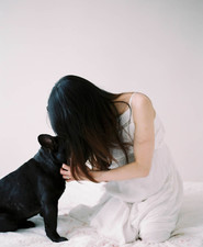 Minimal maternity photos with puppy