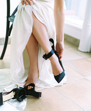 Black and white wedding ideas inspired by Greek Mythology