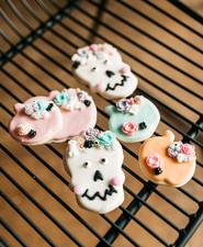 Pastel Halloween cookies