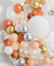 baby shower baloon arch