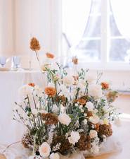 modern luxe floral installation