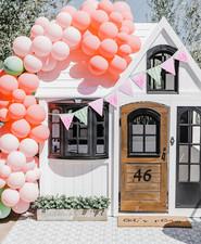 Custom cute playhouse ideas