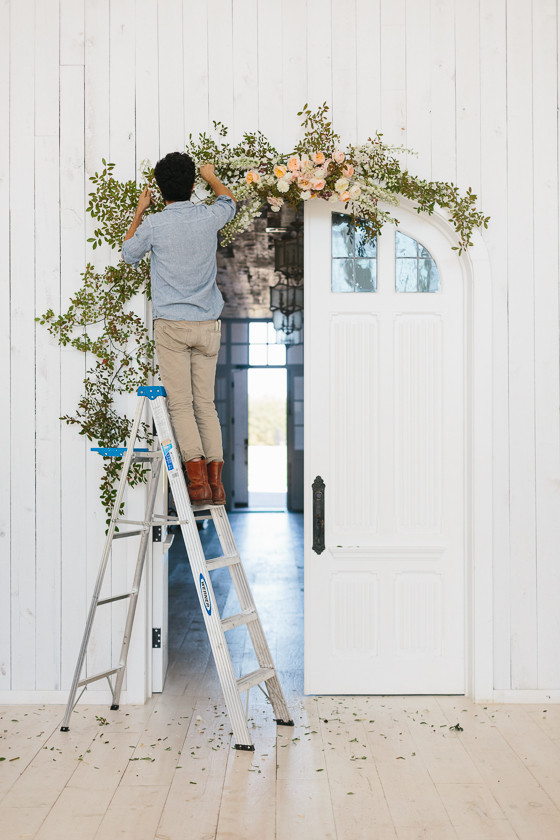 show me how to make a wedding cake floral ceremony arch diy wedding amp ideas 100 19794