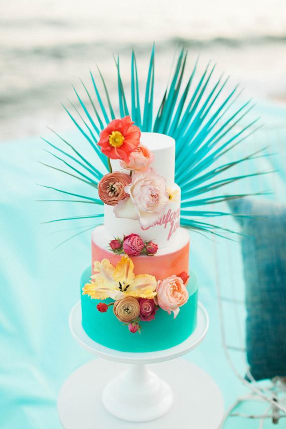Tropical Wedding Cake Wedding Amp Party Ideas 100 Layer Cake