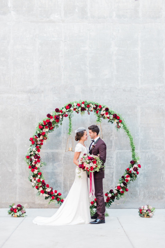Large floral ceremony wreath Wedding & Party Ideas 100