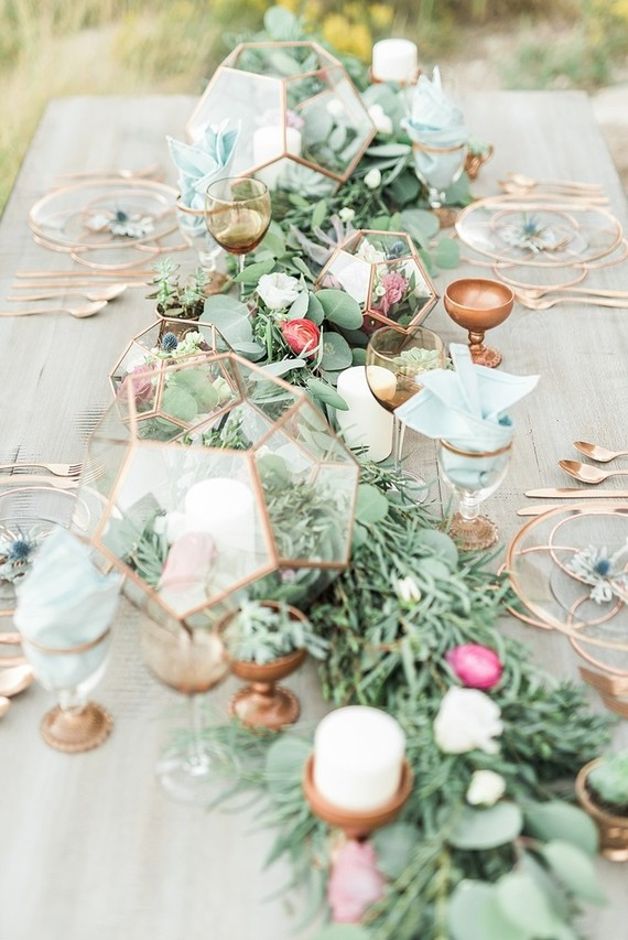 Gold Tablescape Wedding Amp Party Ideas 100 Layer Cake
