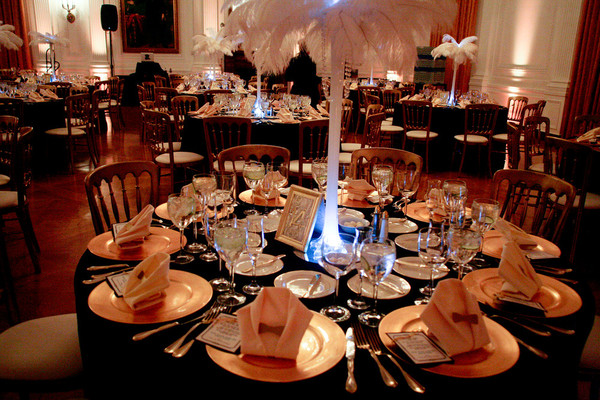 Real Weddings And Wedding Inspiration Ideas Ostrich Feather Old Hollywood Wedding Centerpiece